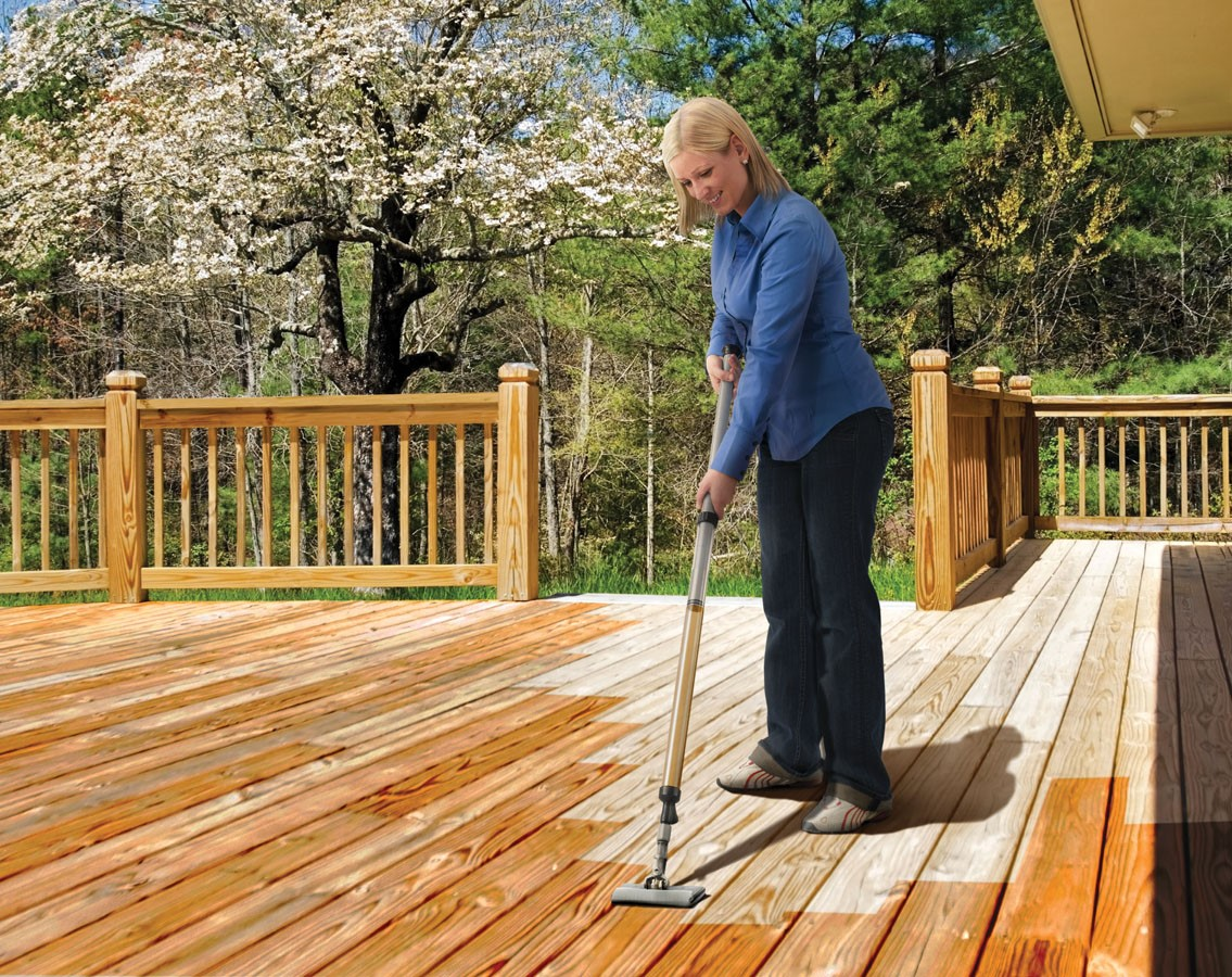 applying stain deck staining